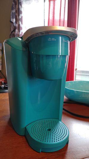 Keurig Single Cup Coffeemaker. Turquoise for Sale in Virginia Beach, VA
