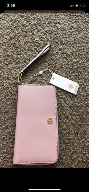 Tory Burch wallet brand new with tags for 120$ or best offer for Sale in Bellevue, WA