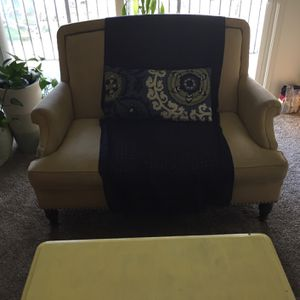 Free Couch for Sale in Fircrest, WA