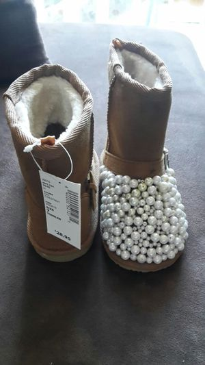 Custom kid snow boots for Sale in Fort Worth, TX