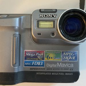 Sony Digital Mavica w/ Charger & Battery for Sale in Corona, CA