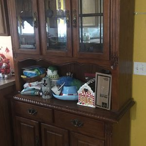 China cabinet for Sale in Kyle, TX