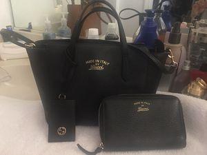 Gucci bag n wallet for Sale in Las Vegas, NV