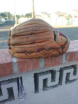 Baseball Glove - Mizuno for Sale in Wilmington, CA