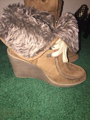 Cute brown fur wedge boots for Sale in Hilliard, OH