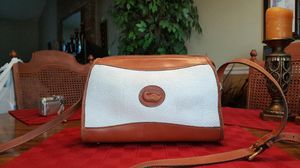 Vintage Dooney & Bourke white leather purse with shoulder strap for Sale in Alexandria, VA