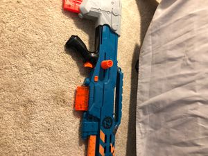 Nerf gun comes with 2 amp clips and 12bullets for Sale in Plainfield, IL