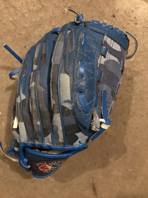 Baseball t ball glove mitt for Sale in Wexford, PA