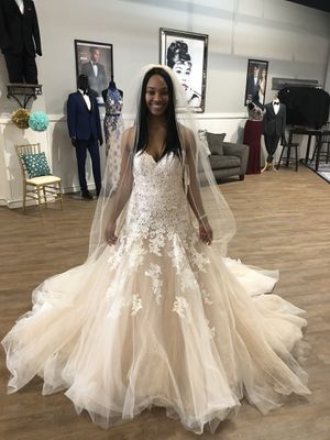 Mori Lee Wedding Dress. Size 4 for Sale in Eno Valley, NC