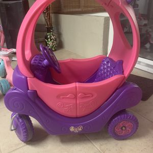 Toddlers Princess Push Car for Sale in Orlando, FL