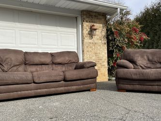 ALBANY Groovy Chocolate set (sofa and seat) +FREE DELIVERY! for Sale in Fallston,  MD