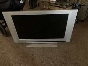 36-40 inch tv for Sale in Tomball, TX