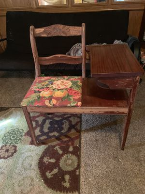 1950's Gossip Chair for Sale in Quincy, IL