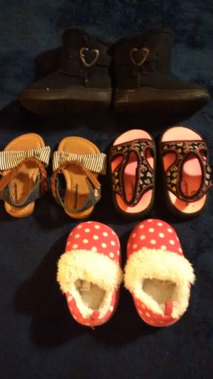 Girls Size 3 Boots, Sandals, Houseshoes for Sale in Maryville, TN