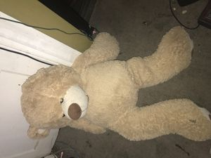Huge teddy bear for Sale in Baltimore, MD