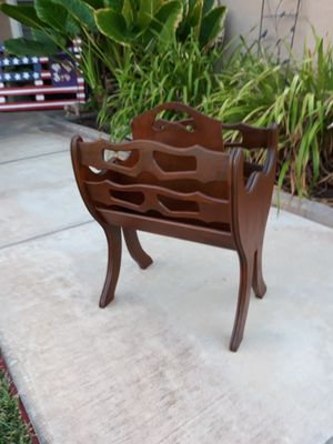 "VINTAGE WOODEN MAGAZINE RACK (16""L × 11""W × 22""H) for Sale in Corona, CA"