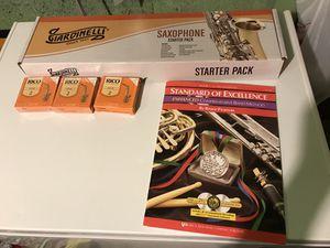 Alto saxophone starter kit for Sale in Cherry Hill, NJ