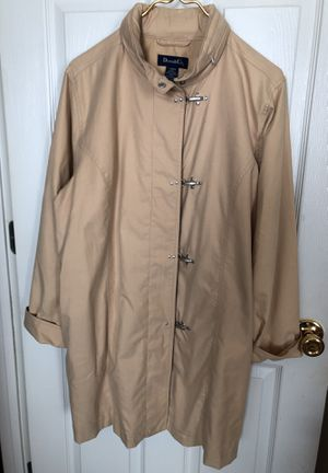 Denim and Co. Raincoat size large. never worn, hood inside zippered collar for Sale in Cumming, GA