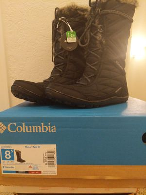 Women's Columbia snow boots size 8.5 for Sale in Aurora, CO