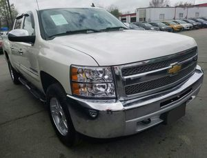 Chevrolet silverado z71- con down payment de $3000 in house financing for Sale in New York, NY