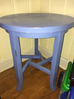End table for Sale in Lynchburg, VA