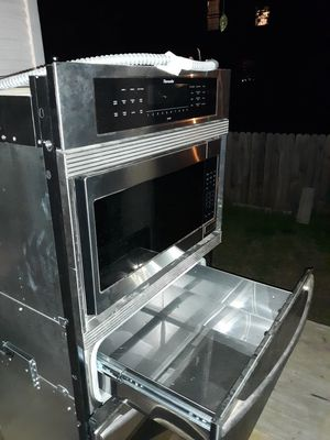 Thermador stackable oven. microwave. warmer for Sale in Dallas, TX