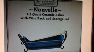 Ceramic baker w rack and lid for Sale in Tukwila, WA