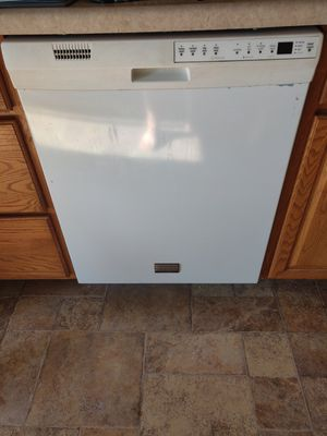 Stove, Dishwasher, and Microwave for Sale for Sale in Belleville, IL