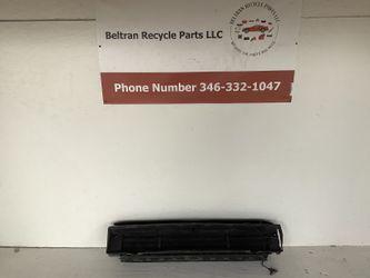 2018 2020 Volkswagen Atlas grille shutter for Sale in Houston,  TX