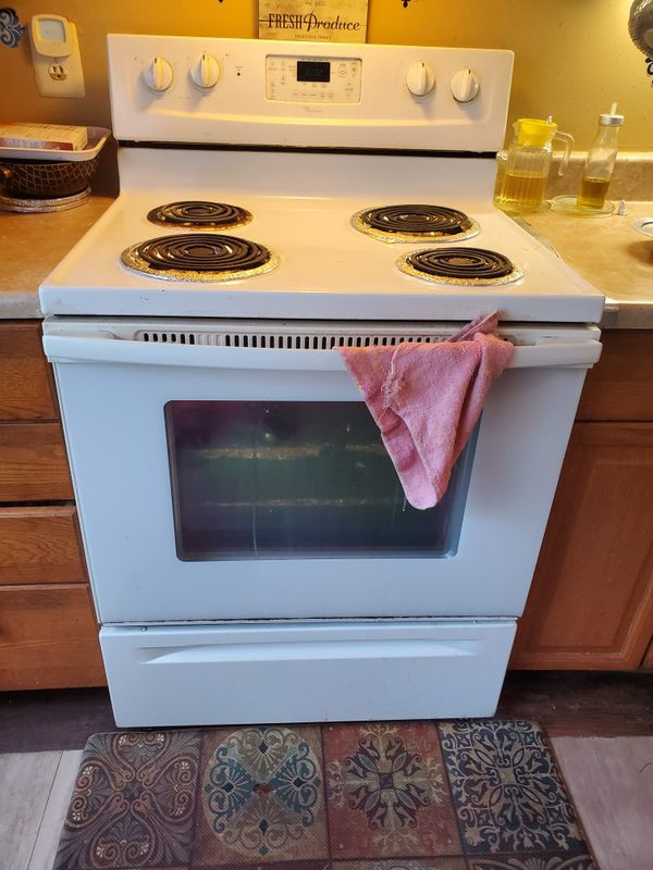 Whirlpool cooking stove works great including oven