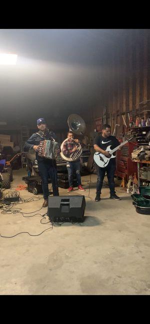 Grupo norteño con tuba for Sale in Riverside, CA