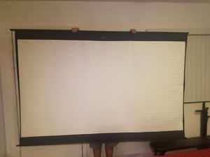 Screen and projector for Sale in Scottsdale, AZ