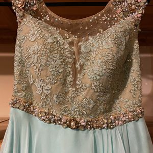 Elegant Dress For Prom, Homecoming, Special Occassion for Sale in Redmond, WA