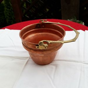 "Vintage Rustic Copper Pail With Brass Serpent Handle 5"" Tall 6 1/2"" Wide for Sale in Puyallup, WA"