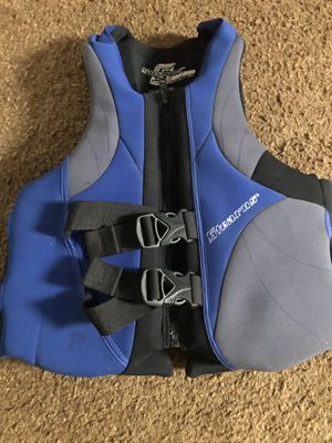 Water sports vest ( life jacket vest ) adult Lager for Sale in Pittsburgh, PA