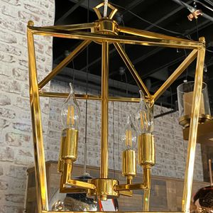 Modern Pendant Light Gold Color For Kitchen Island , Dining Room for Sale in Newport Beach, CA