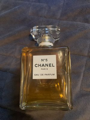 Perfume N 5 Chanel Paris Eau de parfum for Sale in Los Alamitos, CA