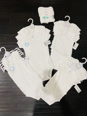 New Carter's Baby Onesies 6, 9, 12, 18, 24 months for Sale in Hanover, MD