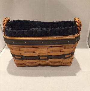 Longaberger Collectors Club Basket 1997 Basket, Liner and Protector Rope Handles for Sale in Columbus, OH