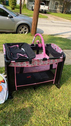 Baby crib for Sale in Carrollton, TX