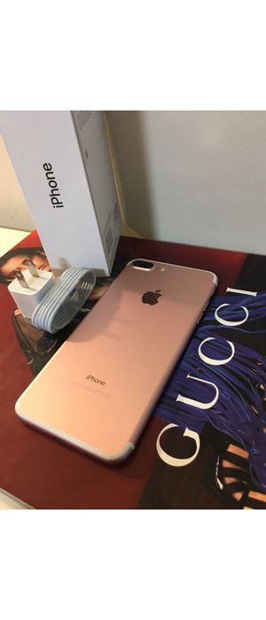 (30 DAY WARRANTY) 💥Unlocked to any carrier Rose Gold iphone 7plus 32GB for Sale in Washington, DC