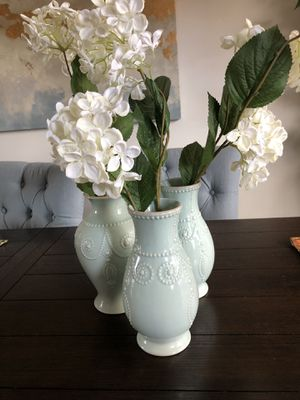 3pcs of Vase and decorative flowers for Sale in Natick, MA