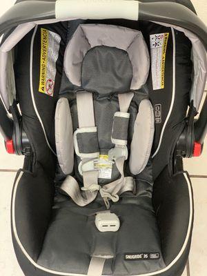 Car seat Graco Snugride 35 for Sale in Colton, CA