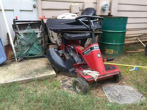 Lawn mower for Sale in Jonesboro, GA