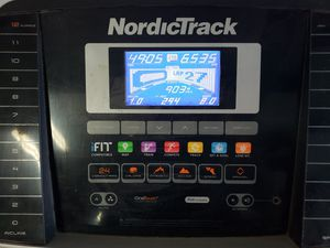 NordicTrack C700 Treadmill for Sale in San Antonio, TX