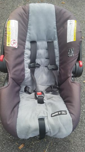 Graco Click Connect Car Seat for Sale in Millersville, MD
