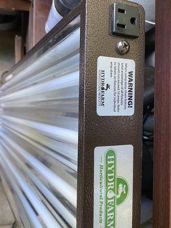 Hydro Farm Lamp for Sale in Irvine,  CA