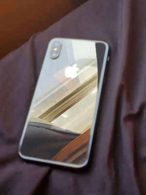 Unlocked IPhone X 64gb for Sale in Reedley, CA