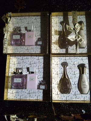 (4) Miss Dior Gift Sets for Sale in Federal Way, WA