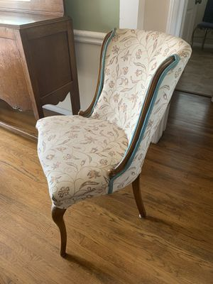 Antique chair set of 2 for Sale in Whittier, CA